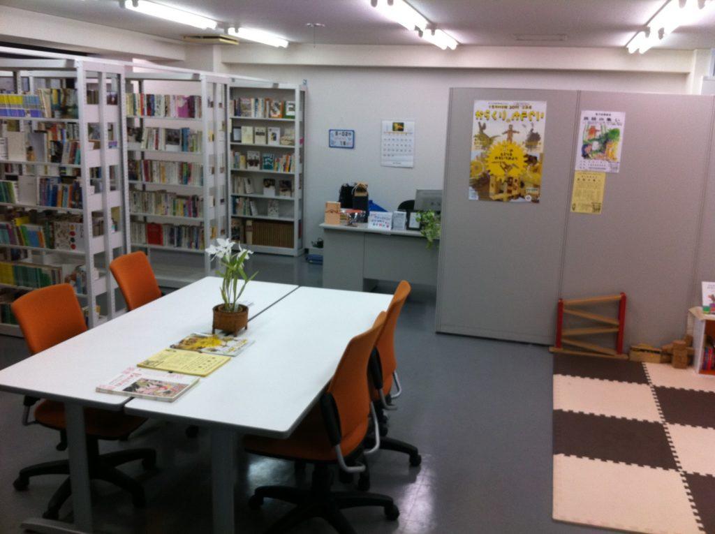開館当初のちばぎんざ図書館(2011年5月撮影)
